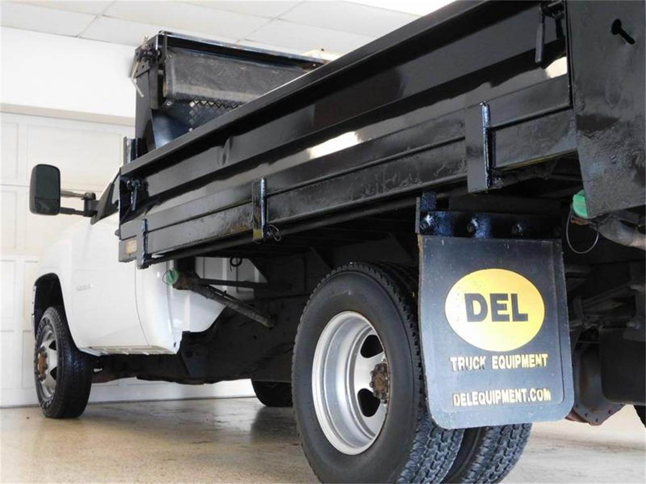 Large Picture of 2012 Dump Truck located in New York Offered by Superior Auto Sales - Q4MY