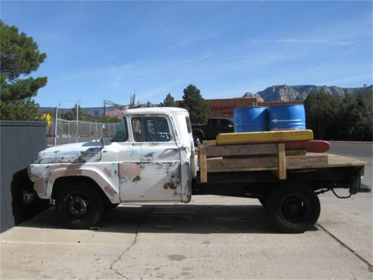 Large Picture of '58 Flatbed Truck - Q4N0