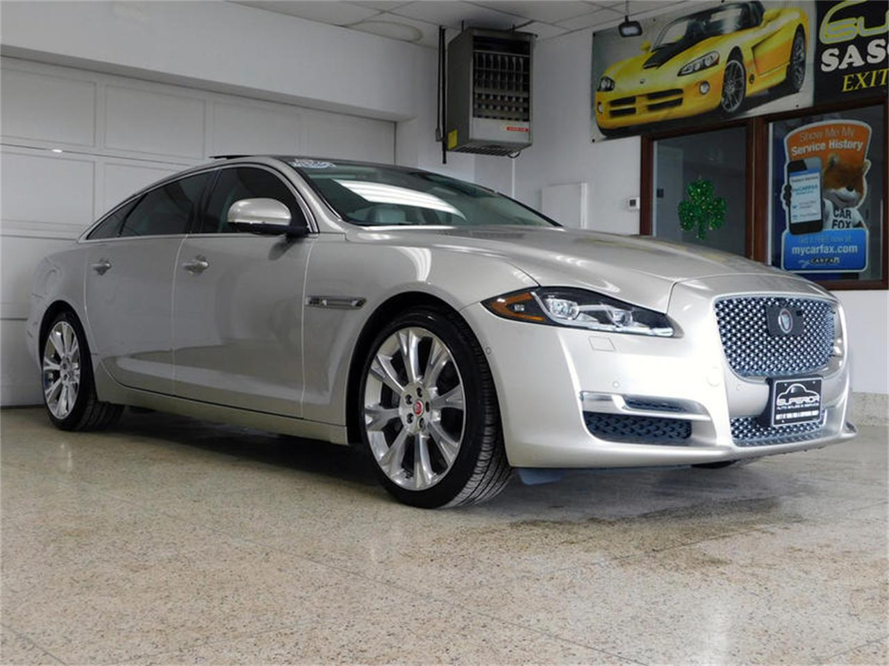 Large Picture of '16 XJL - Q4N4