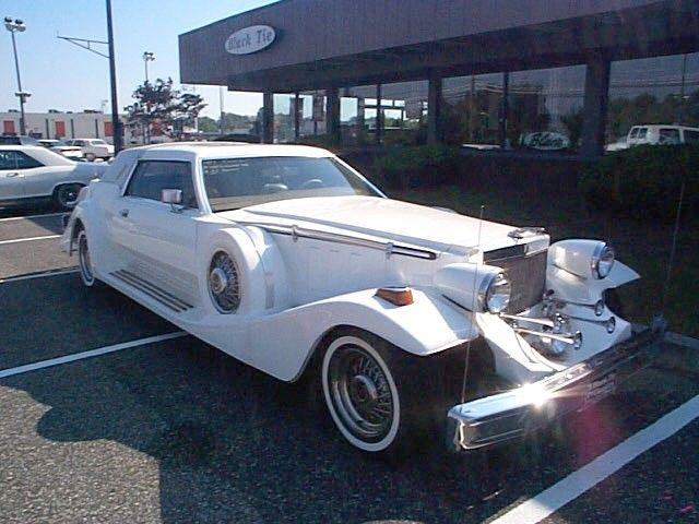 Picture of '77 Lincoln Mark IV located in Stratford New Jersey - $18,900.00 Offered by  - Q4NQ