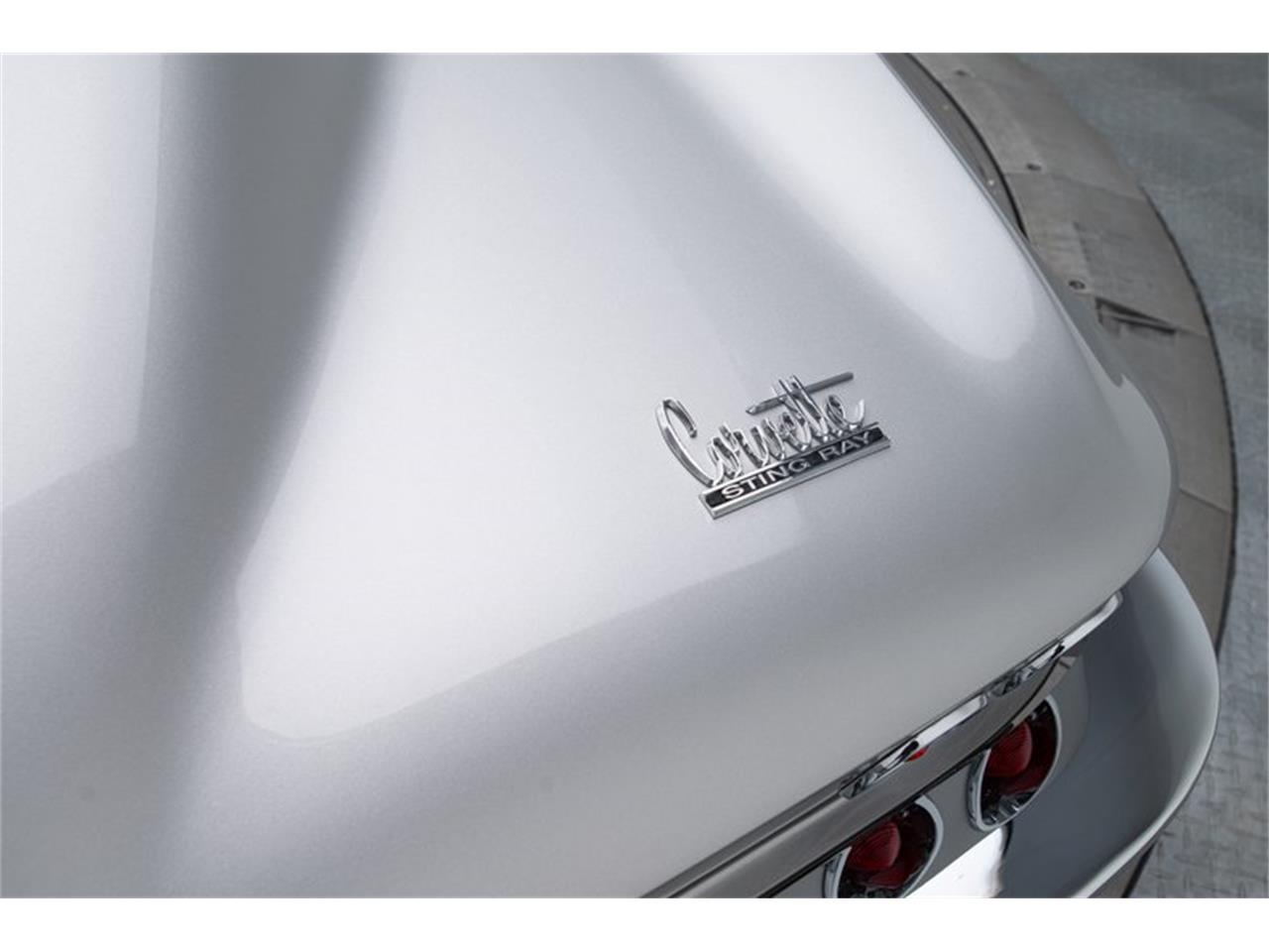 Large Picture of Classic '67 Chevrolet Corvette - Q4OM