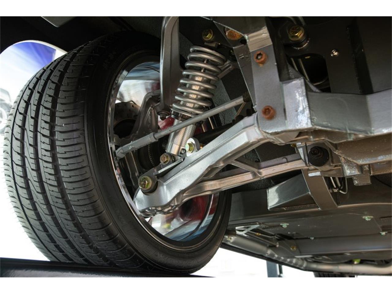 Large Picture of 1967 Corvette - Q4OM