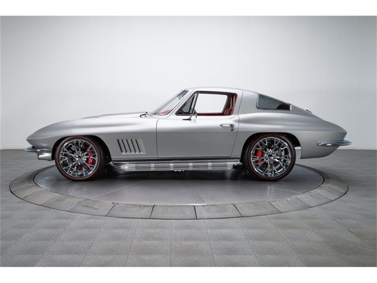 Large Picture of Classic '67 Chevrolet Corvette - $189,900.00 - Q4OM
