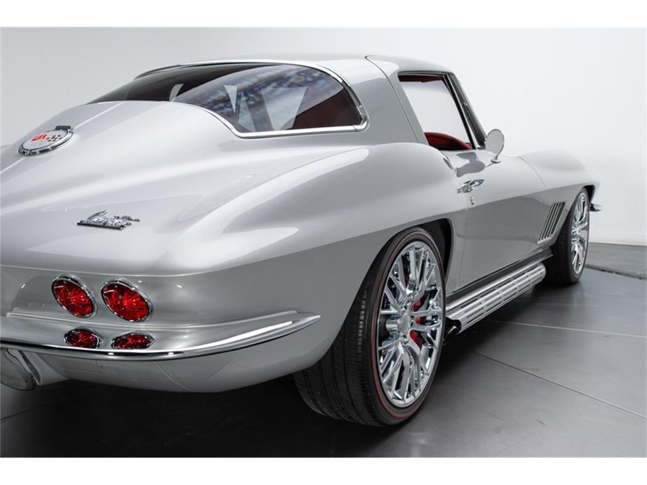 Large Picture of Classic '67 Corvette located in Charlotte North Carolina - Q4OM
