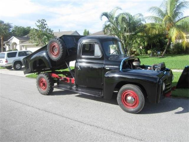 Picture of Classic 1950 Harvester - $11,495.00 Offered by  - Q4OT