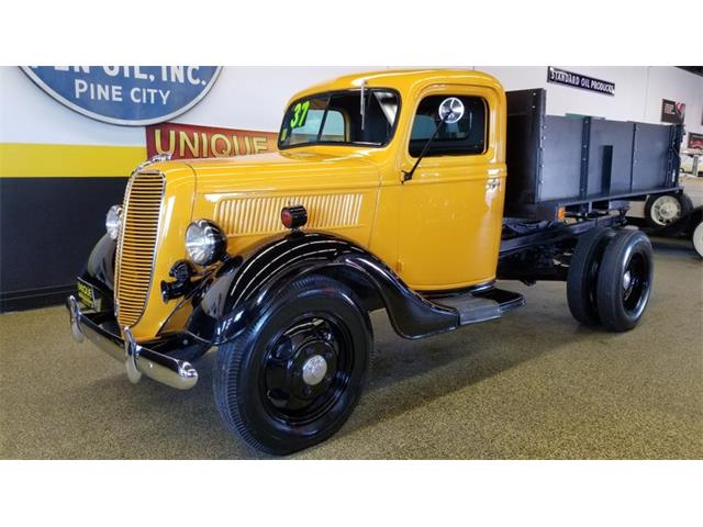 Picture of Classic '37 Dump Truck located in Minnesota Offered by  - Q4OW