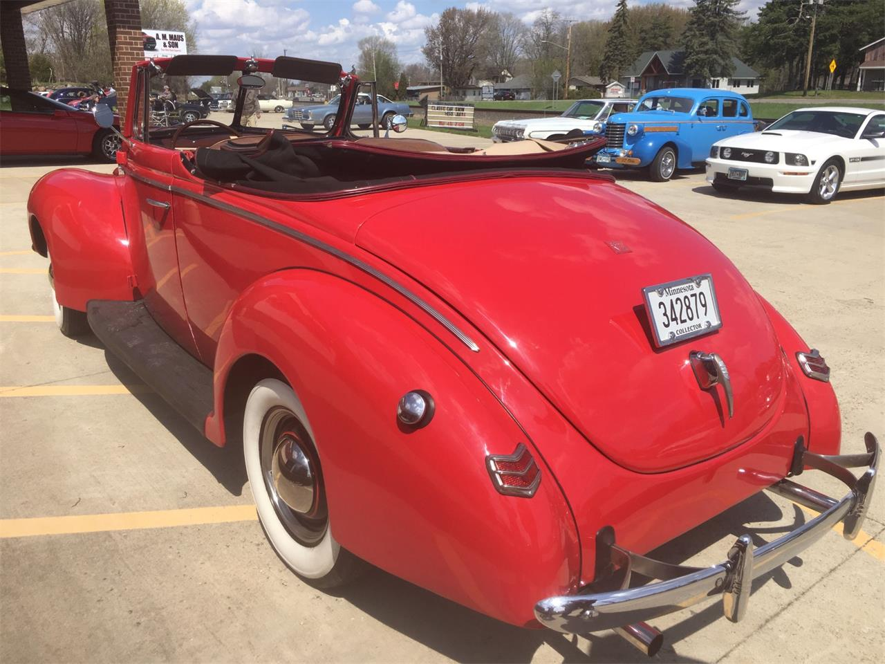 Large Picture of Classic 1940 Deluxe located in Minnesota - $43,500.00 - Q4PG