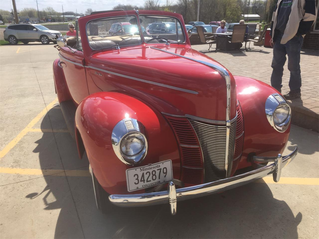 Large Picture of Classic '40 Deluxe - $43,500.00 - Q4PG