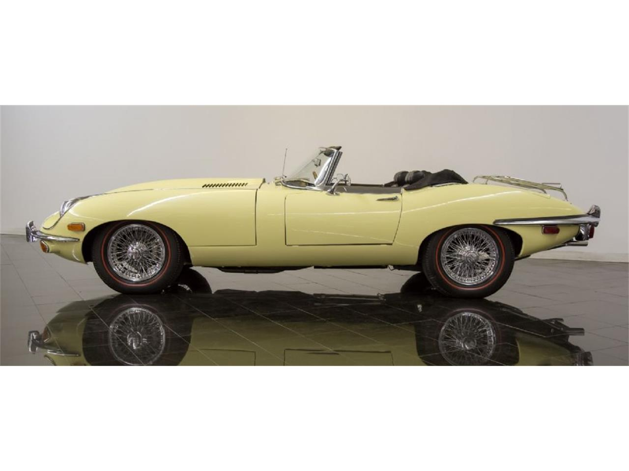 Large Picture of Classic 1969 Jaguar E-Type Offered by St. Louis Car Museum - Q4Q1
