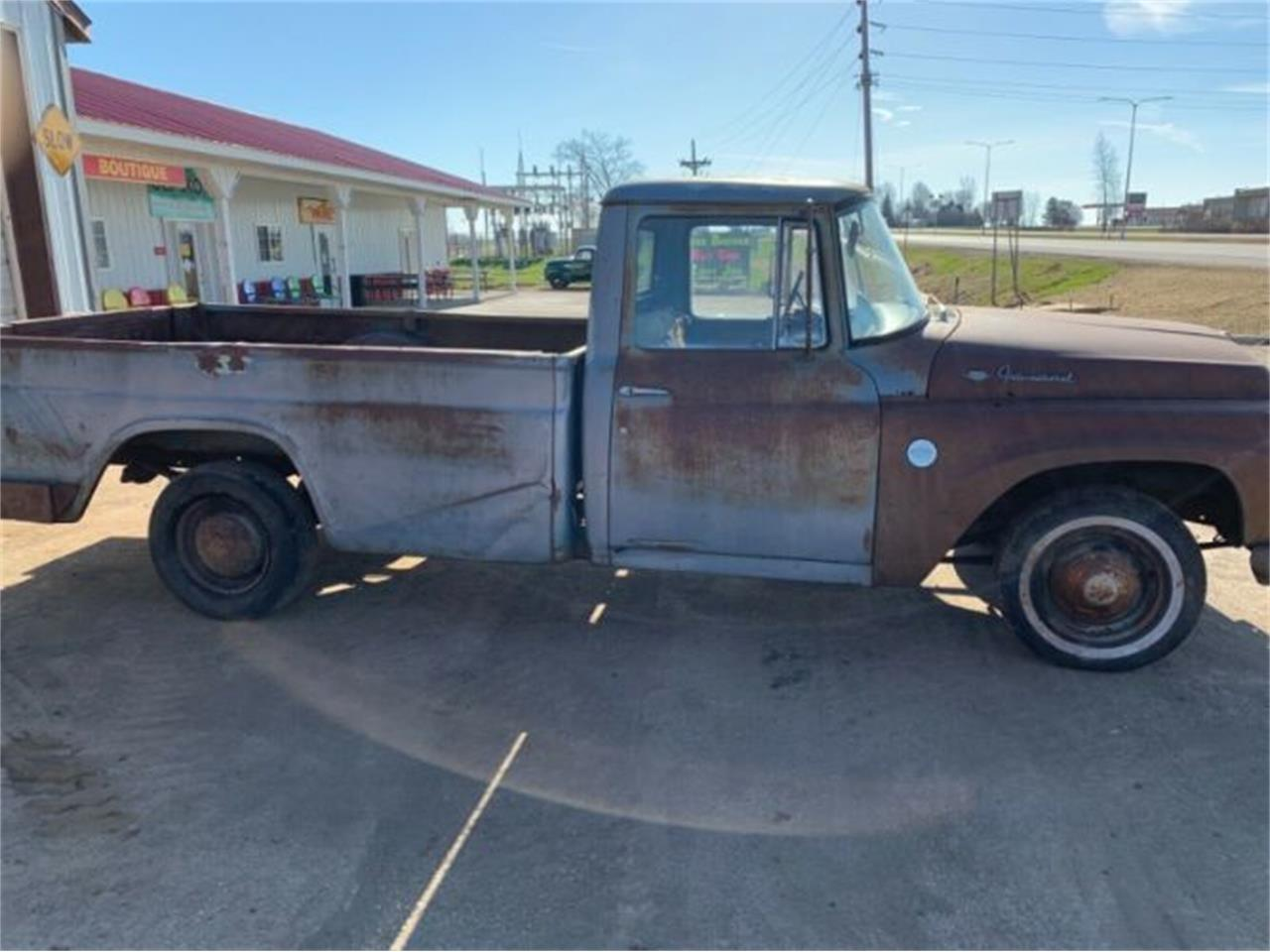 Large Picture of '63 Harvester - Q4QL