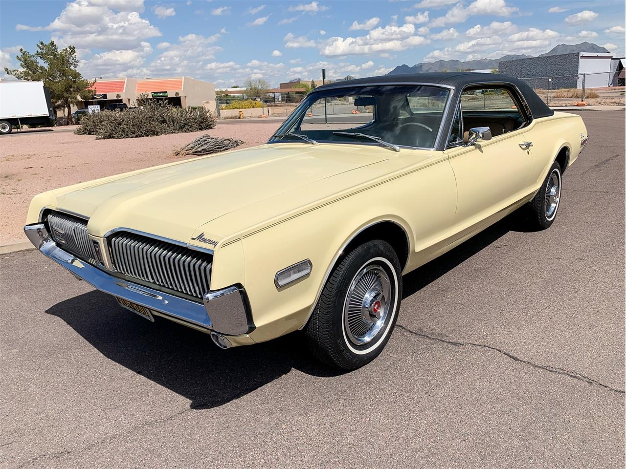Large Picture of '68 Cougar - Q4QV