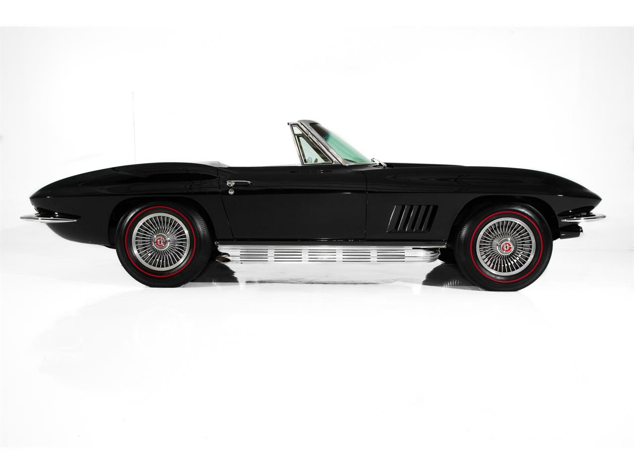 Large Picture of '67 Corvette - Q4RC