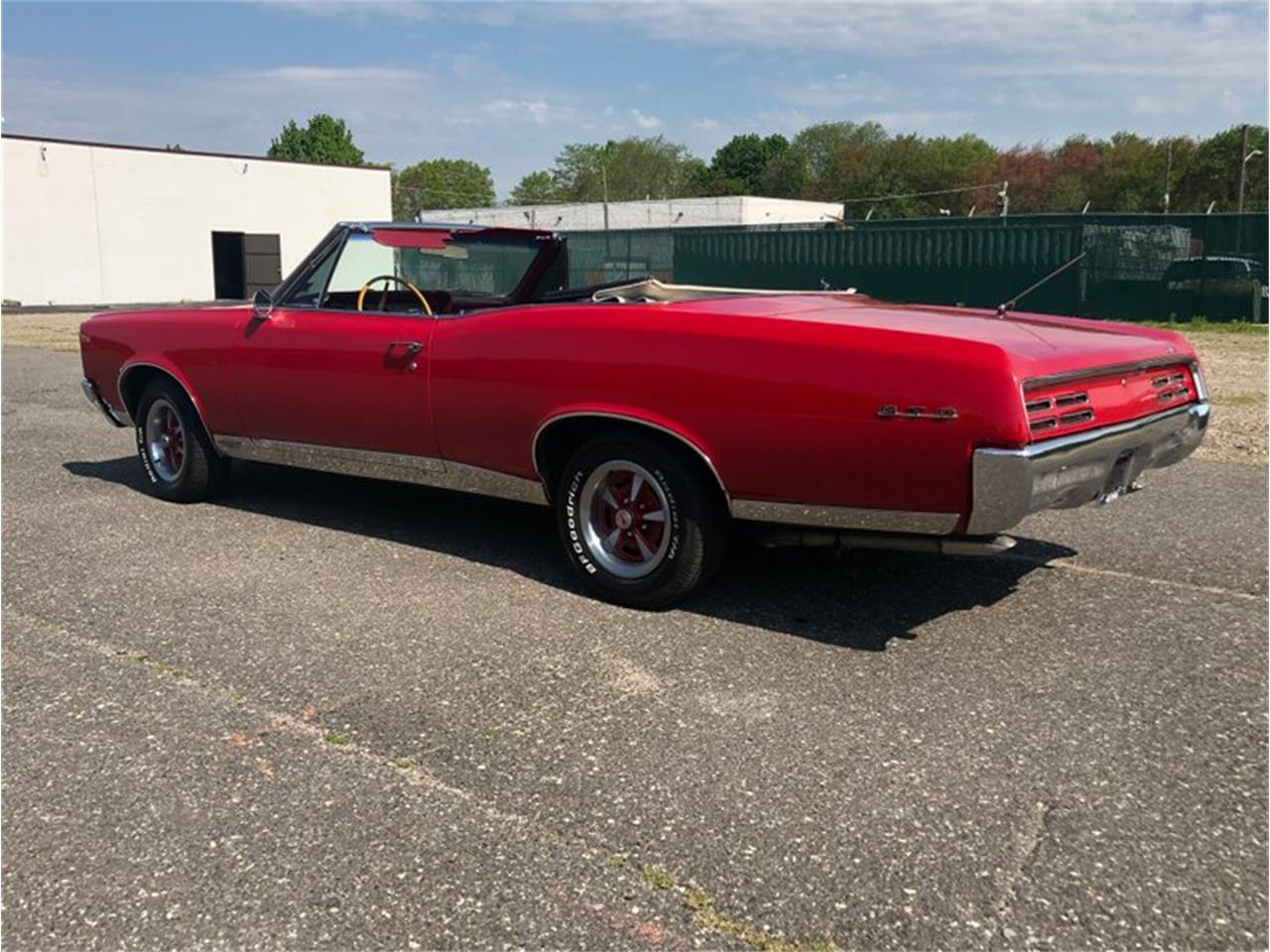 Large Picture of '67 GTO - Q4SB