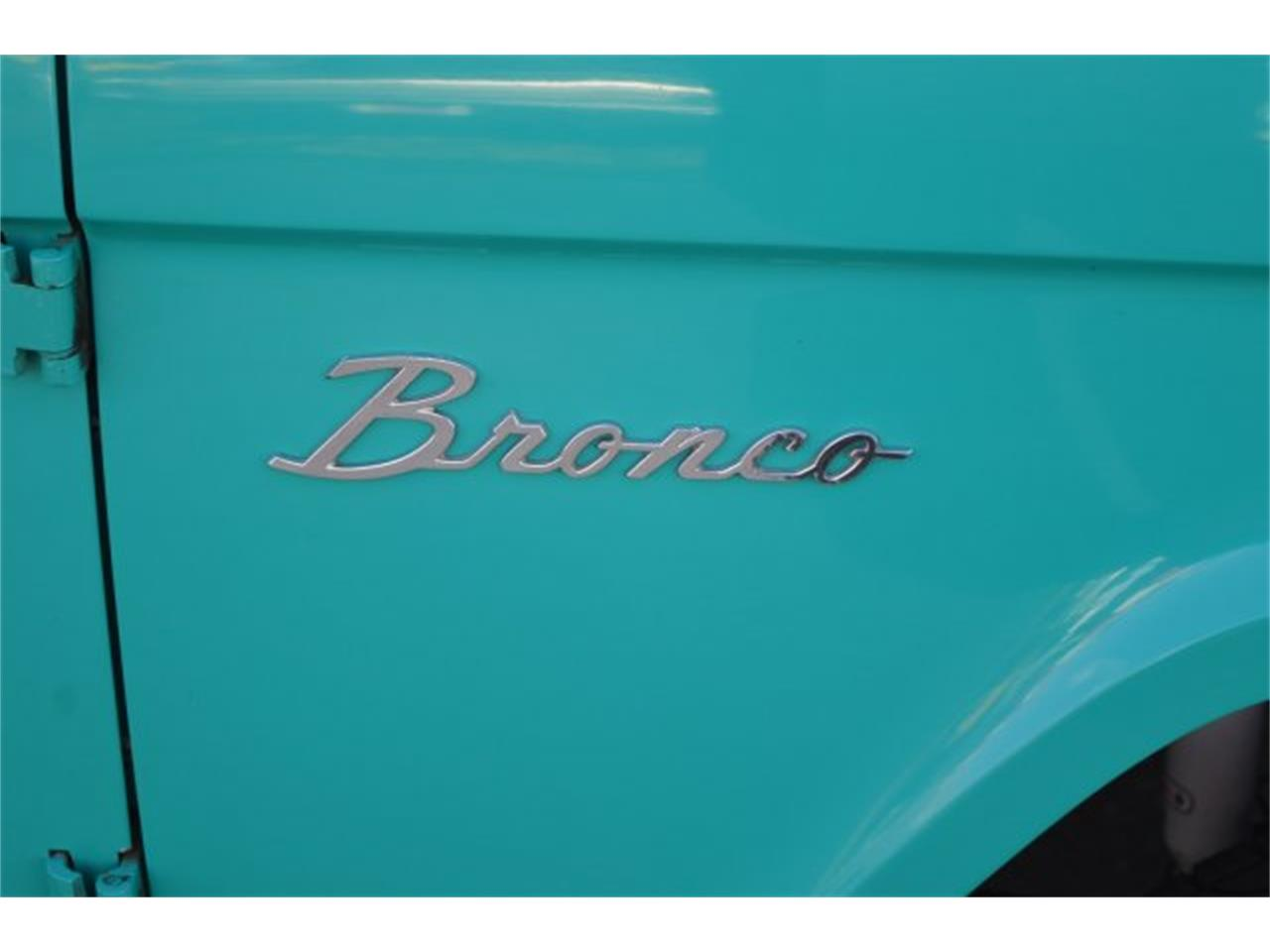 Large Picture of '66 Bronco - Q4T5