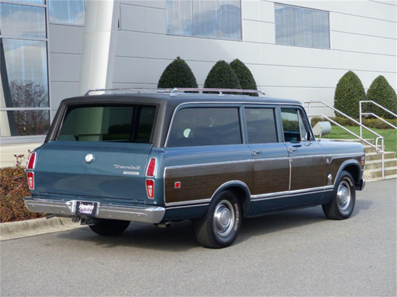 Large Picture of '73 International Travelall located in Charlotte North Carolina - $29,990.00 - Q4TC