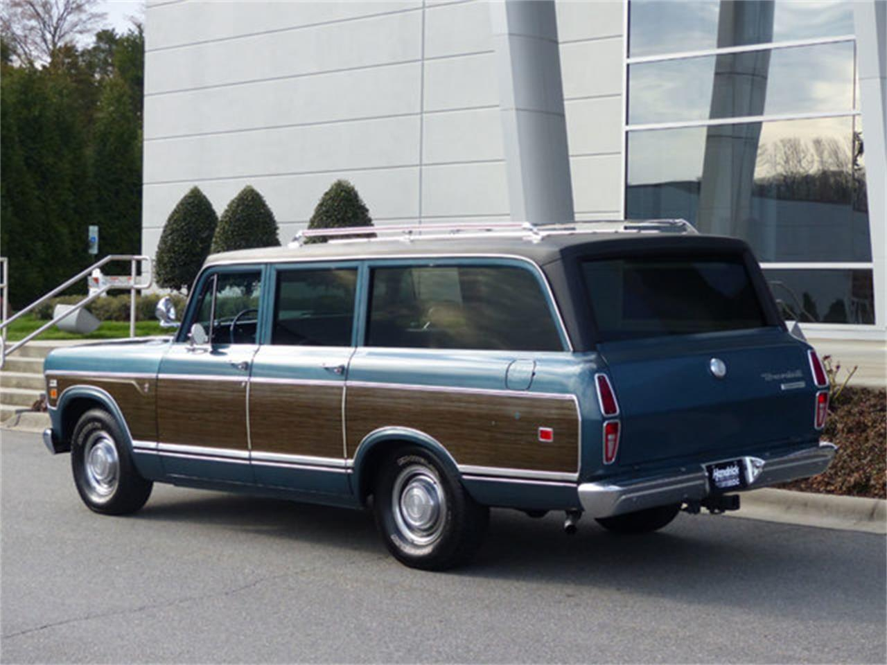 Large Picture of '73 International Travelall located in North Carolina Offered by Hendrick Performance - Q4TC