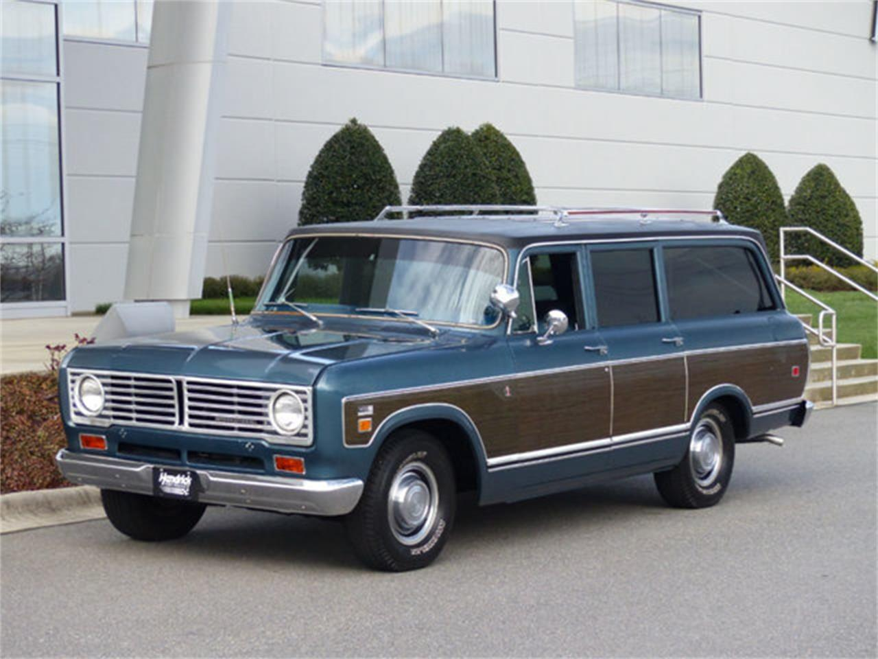 Large Picture of Classic '73 International Travelall located in North Carolina - Q4TC