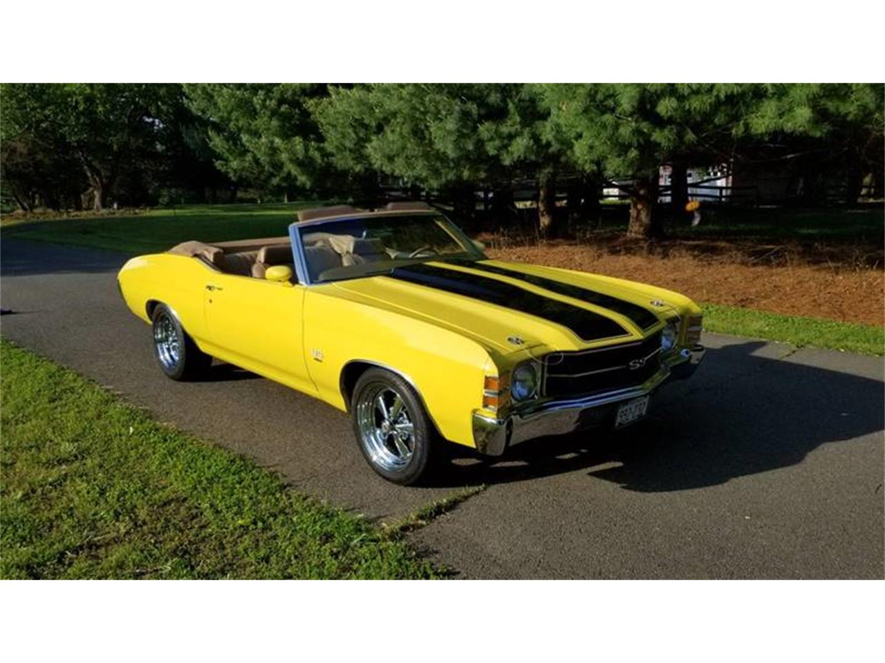 Large Picture of Classic '71 Chevelle located in Maryland Offered by Eric's Muscle Cars - Q4TT