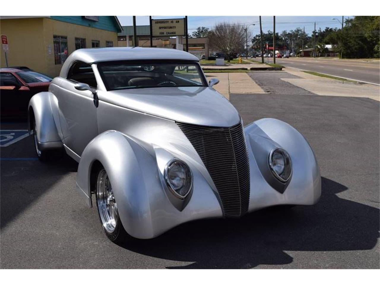 Large Picture of 1937 Ford Custom Coupe located in Mississippi - $74,900.00 - Q4U2