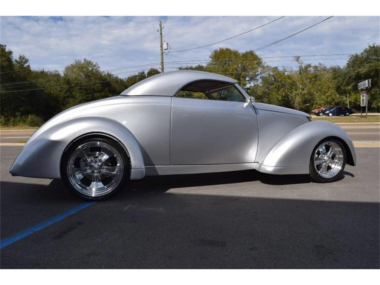 Large Picture of '37 Custom Coupe Offered by Gulf Coast Exotic Auto - Q4U2