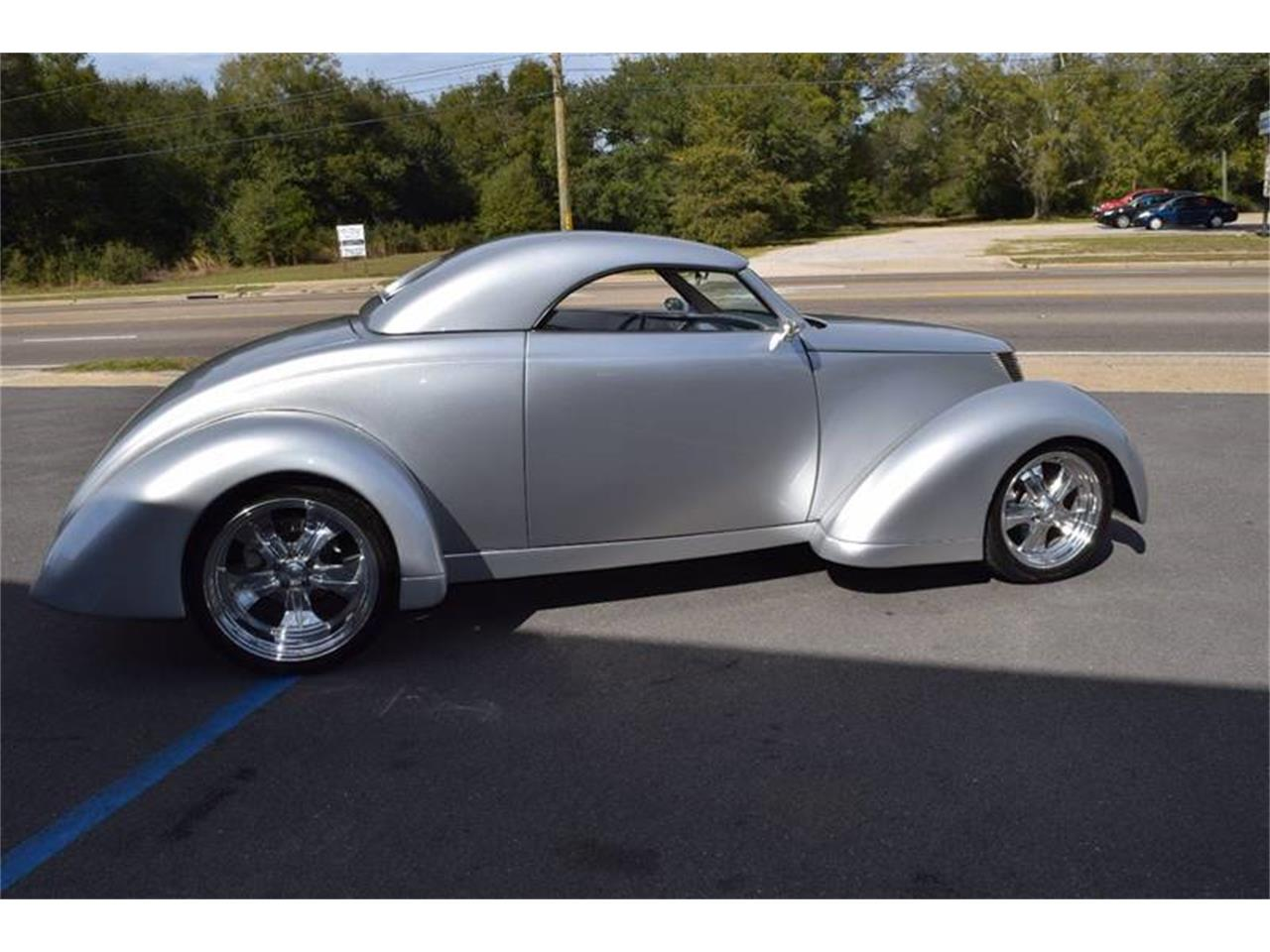Large Picture of Classic 1937 Ford Custom Coupe located in Mississippi Offered by Gulf Coast Exotic Auto - Q4U2