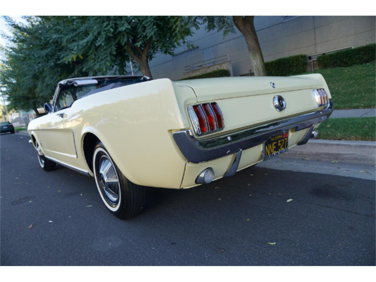 Large Picture of '65 Mustang - Q4UP