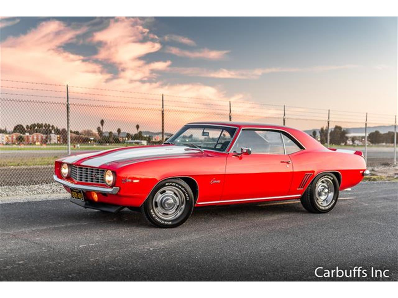 Large Picture of '69 Camaro located in California Offered by Carbuffs - Q4US