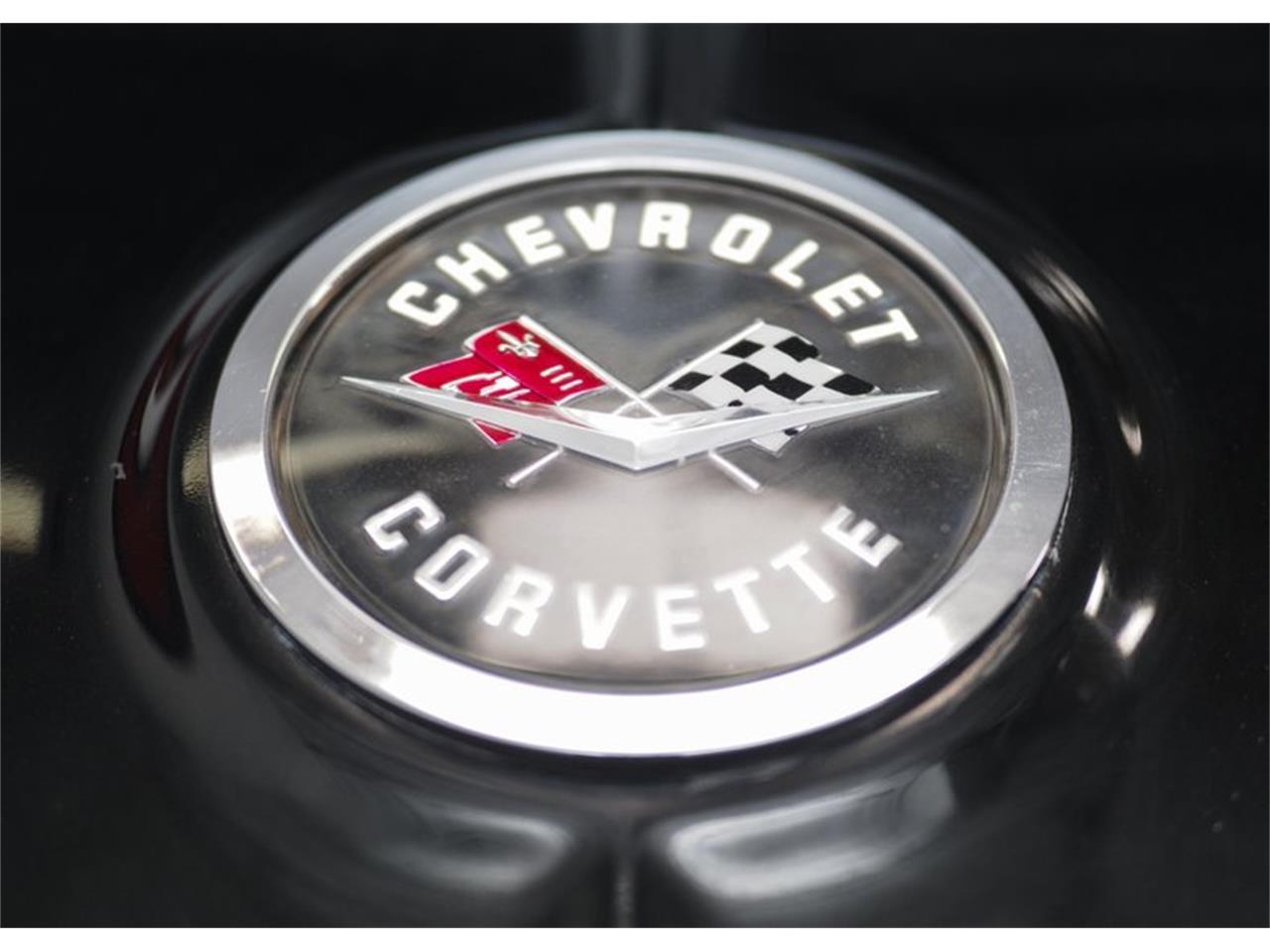 Large Picture of 1962 Corvette - Q4UX