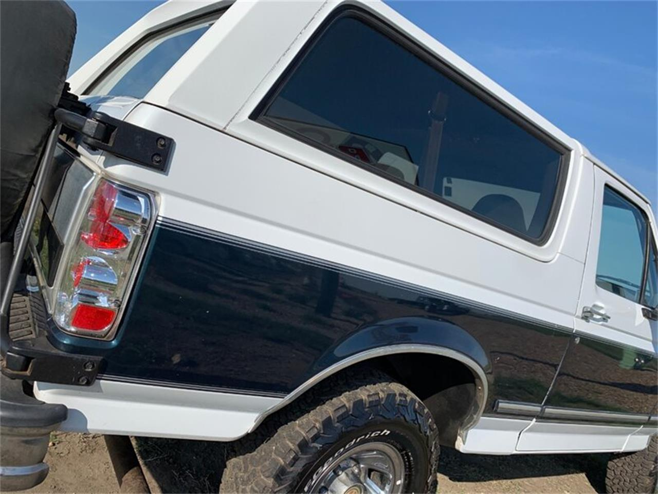 Large Picture of '94 Bronco located in Bismarck North Dakota Offered by Rides Auto Sales - Q4UY