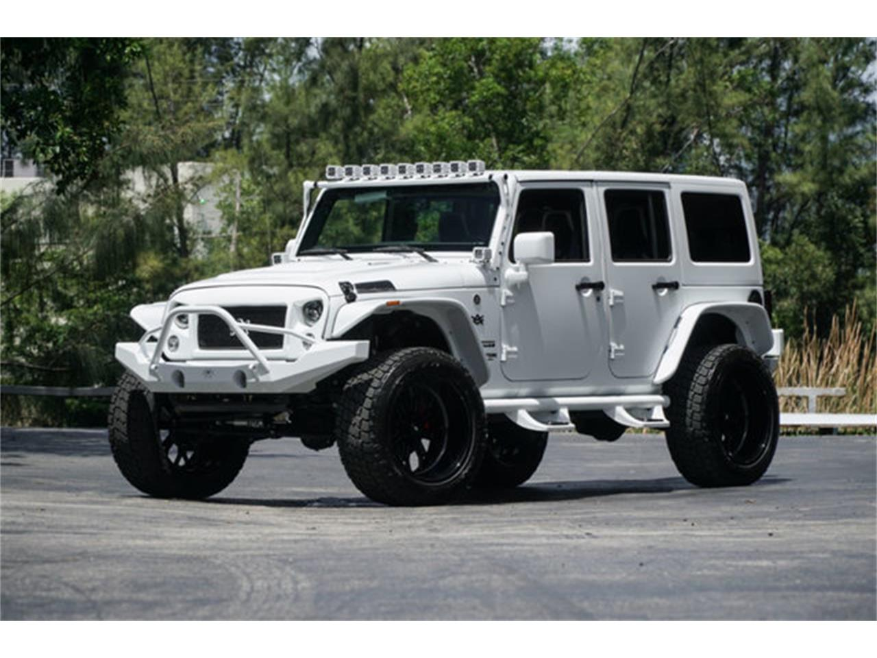 Large Picture of 2018 Jeep Wrangler located in Florida - $51,900.00 Offered by The Garage - Q4VB