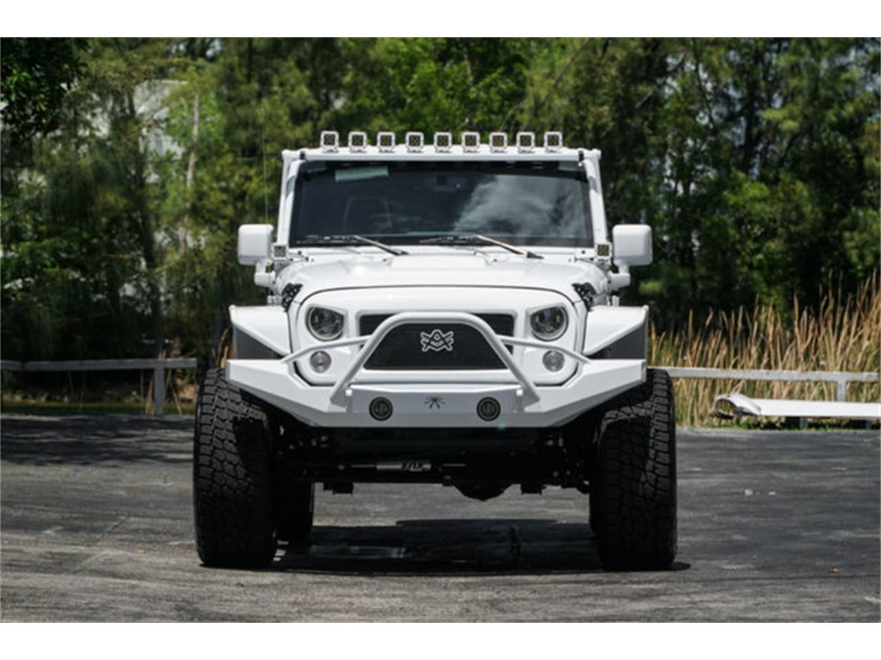Large Picture of 2018 Jeep Wrangler located in Miami Florida - $51,900.00 - Q4VB
