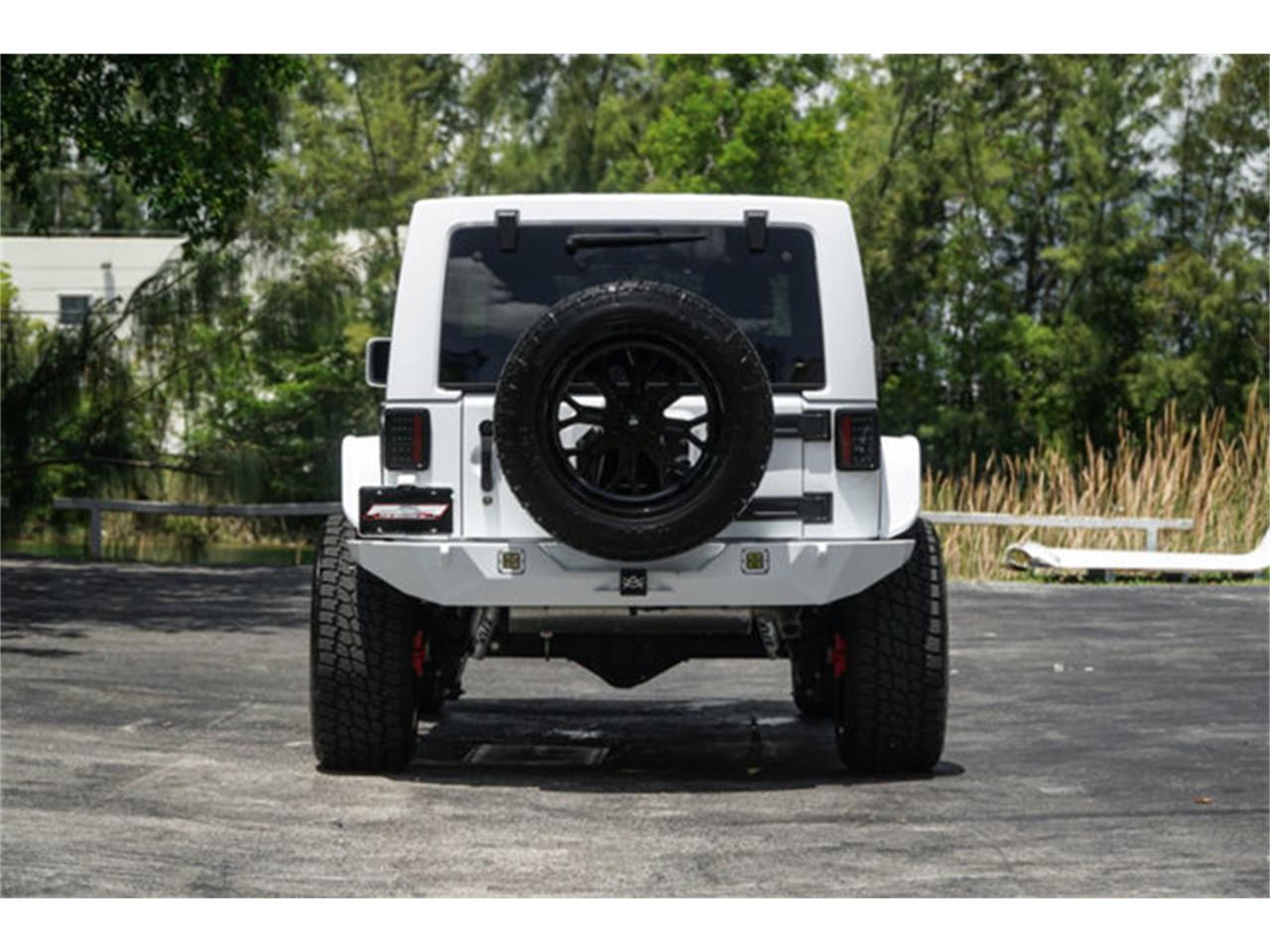 Large Picture of 2018 Jeep Wrangler - $51,900.00 Offered by The Garage - Q4VB
