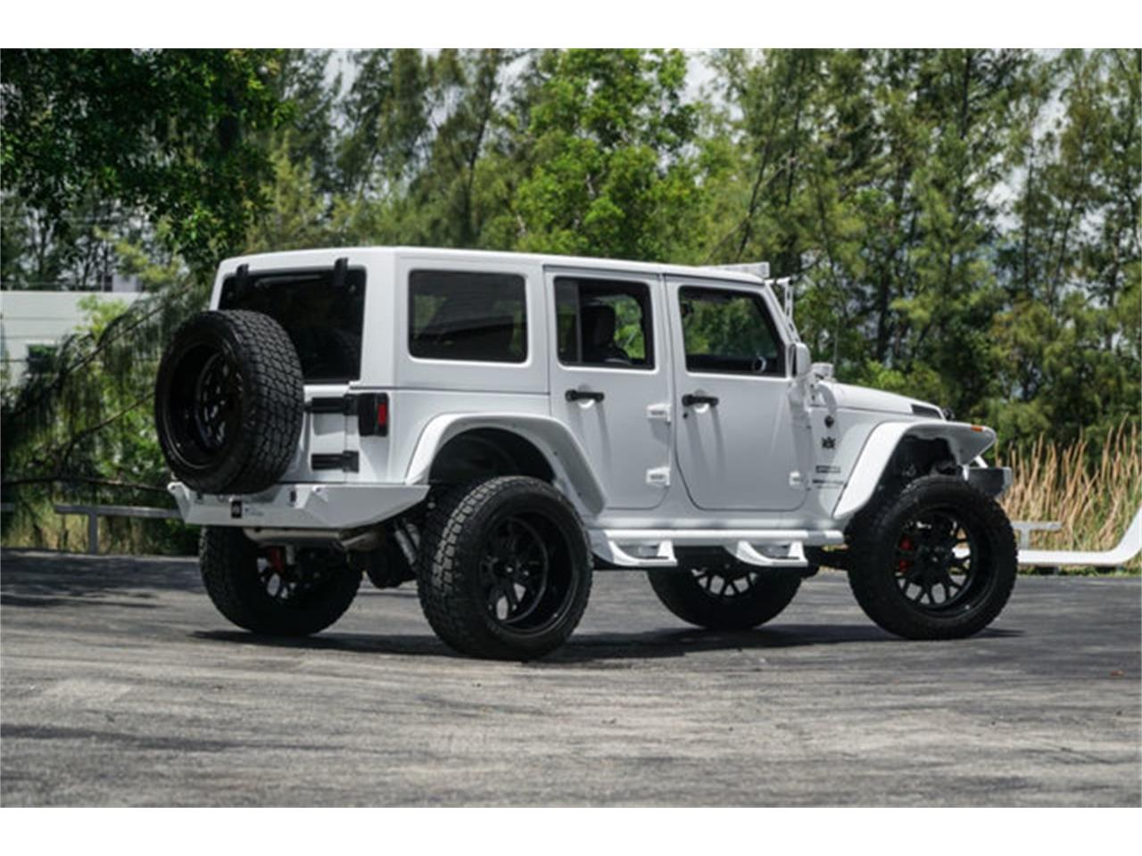 Large Picture of 2018 Wrangler Offered by The Garage - Q4VB