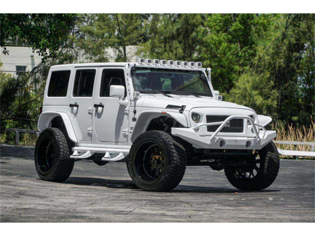 Large Picture of 2018 Jeep Wrangler located in Miami Florida - $51,900.00 Offered by The Garage - Q4VB