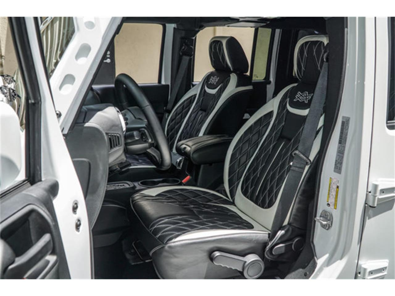Large Picture of '18 Wrangler located in Miami Florida Offered by The Garage - Q4VB