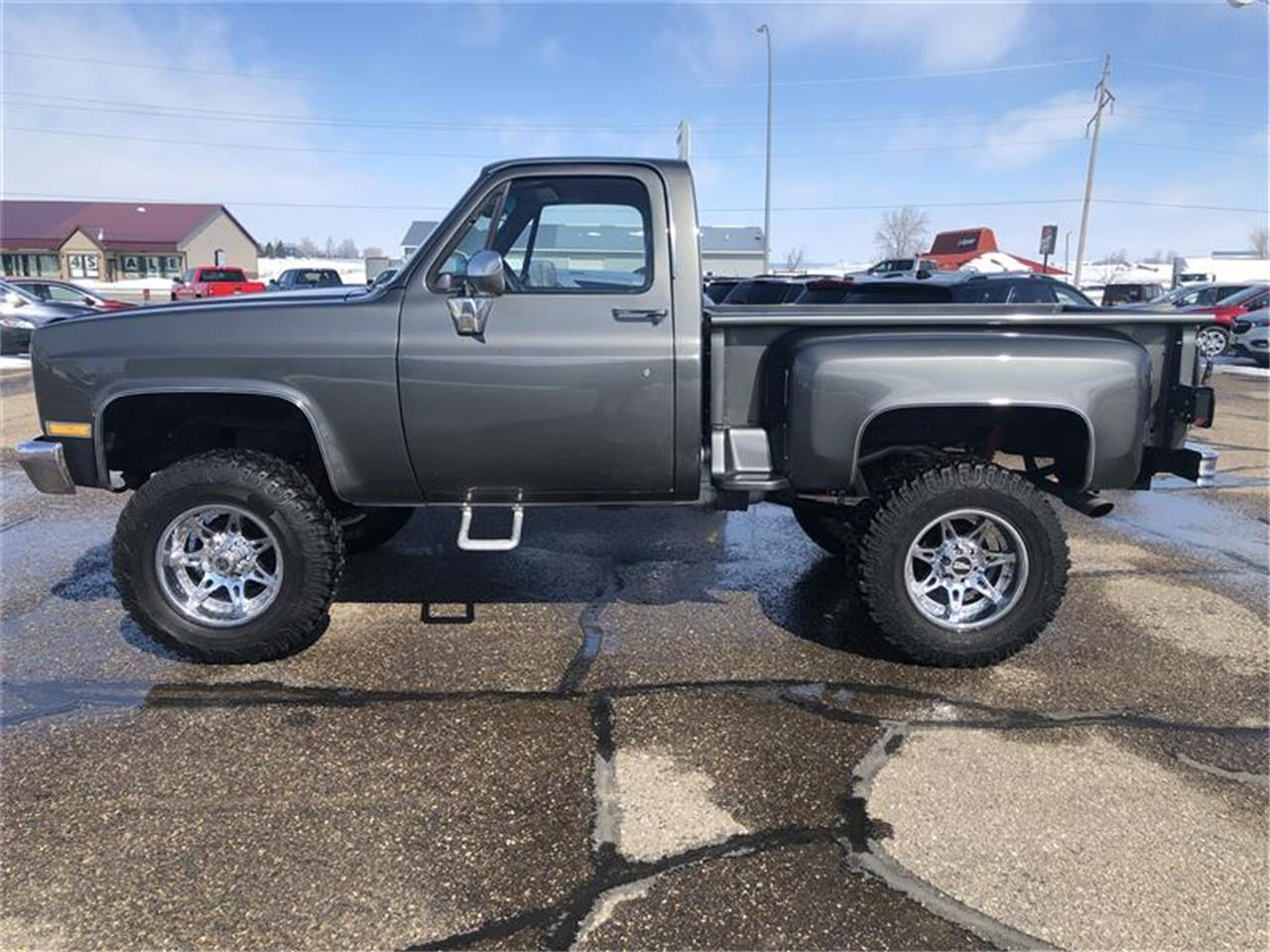 Large Picture of '87 GMC Pickup - $19,800.00 - Q4WE