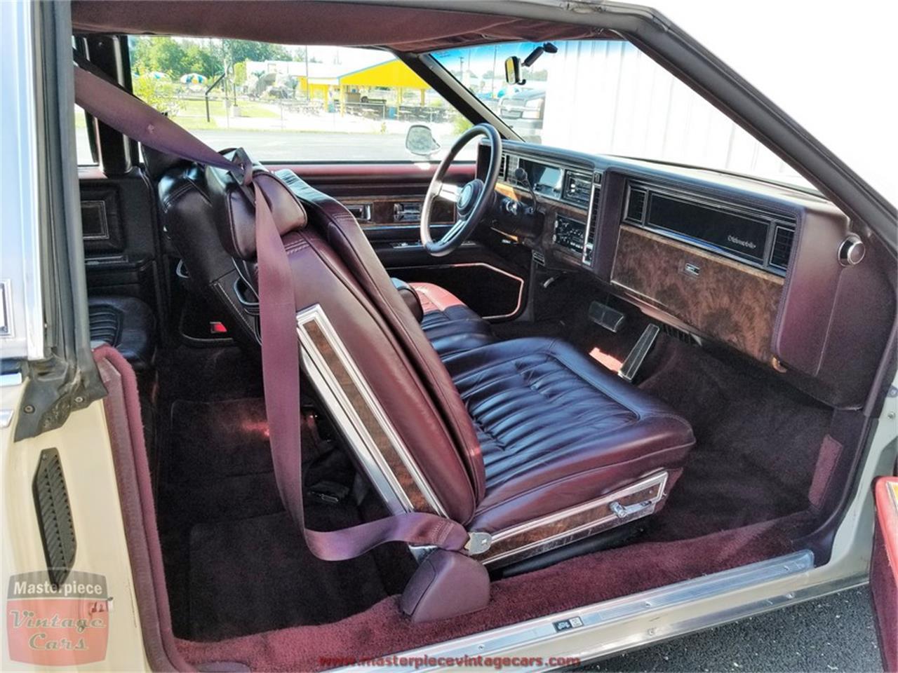 Large Picture of '85 Oldsmobile Toronado - $5,950.00 - Q4ZA