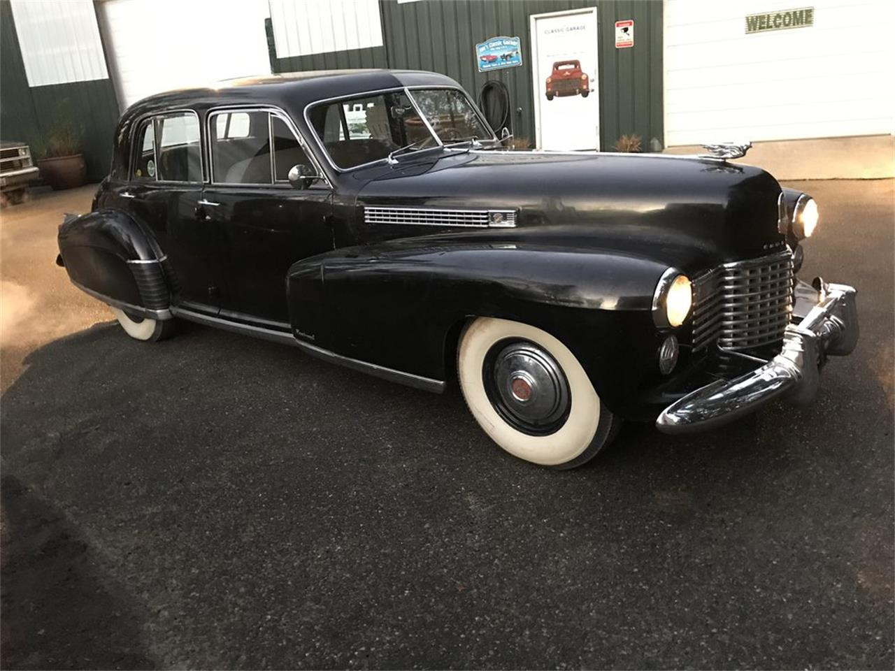 Large Picture of '41 Fleetwood - Q4ZQ