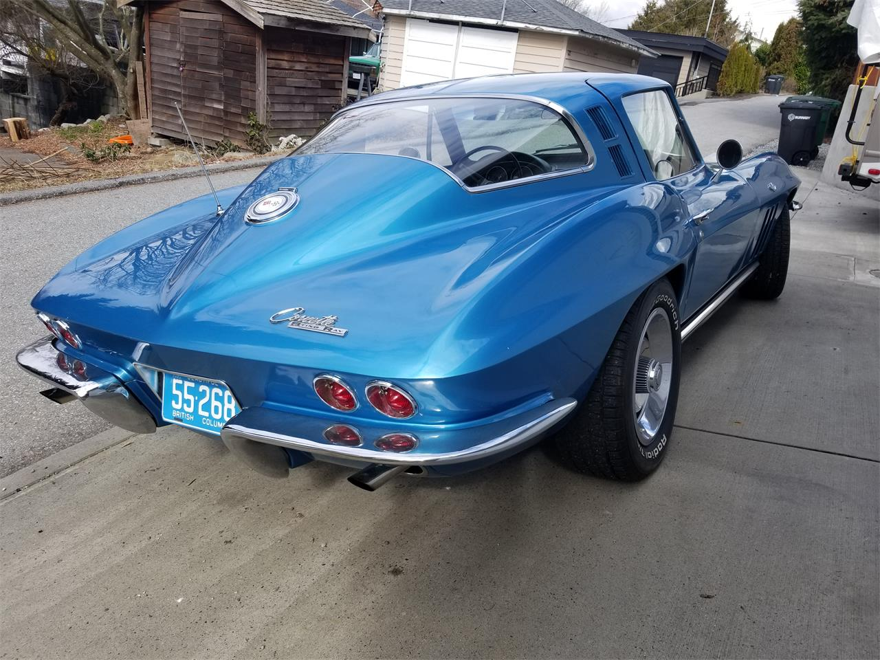 Large Picture of '65 Corvette - Q4ZX