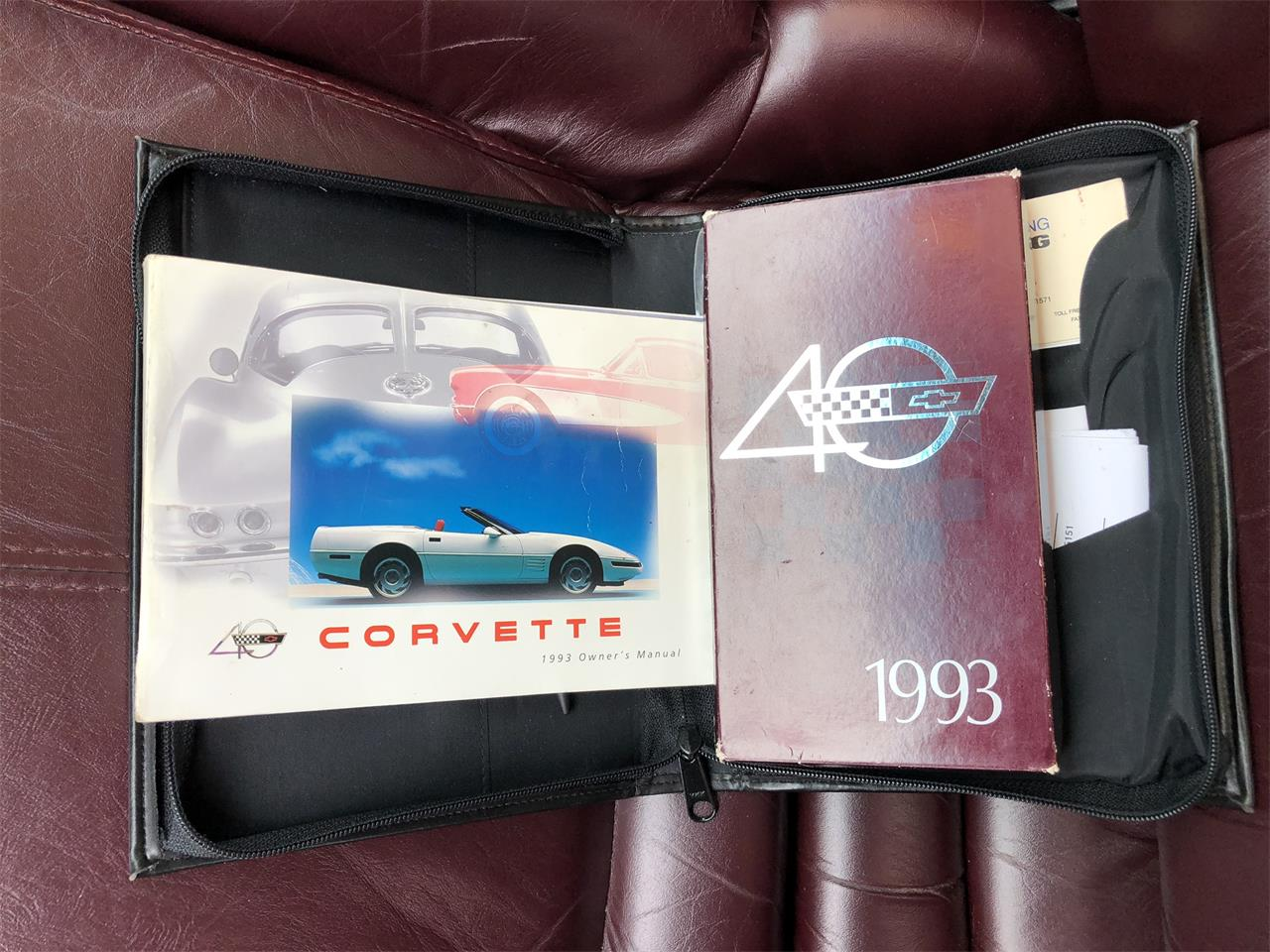 Large Picture of 1993 Chevrolet Corvette located in Sycamore Illinois - Q4ZZ