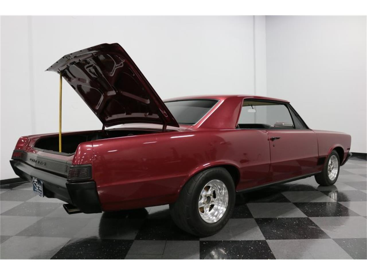 Large Picture of Classic 1965 Pontiac LeMans - $37,995.00 Offered by Streetside Classics - Dallas / Fort Worth - Q507