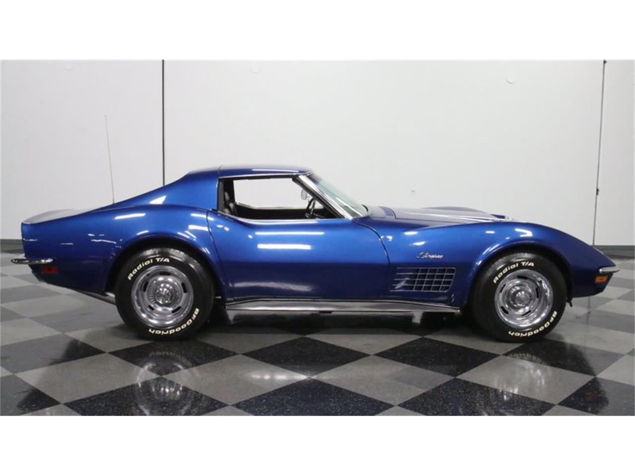 Large Picture of '72 Corvette - Q50I