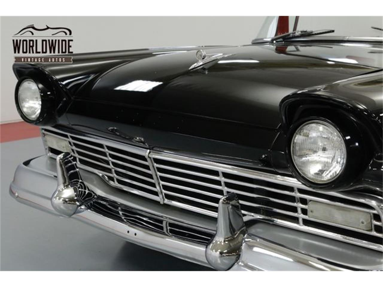 Large Picture of '57 Fairlane 500 Skyliner - Q50R