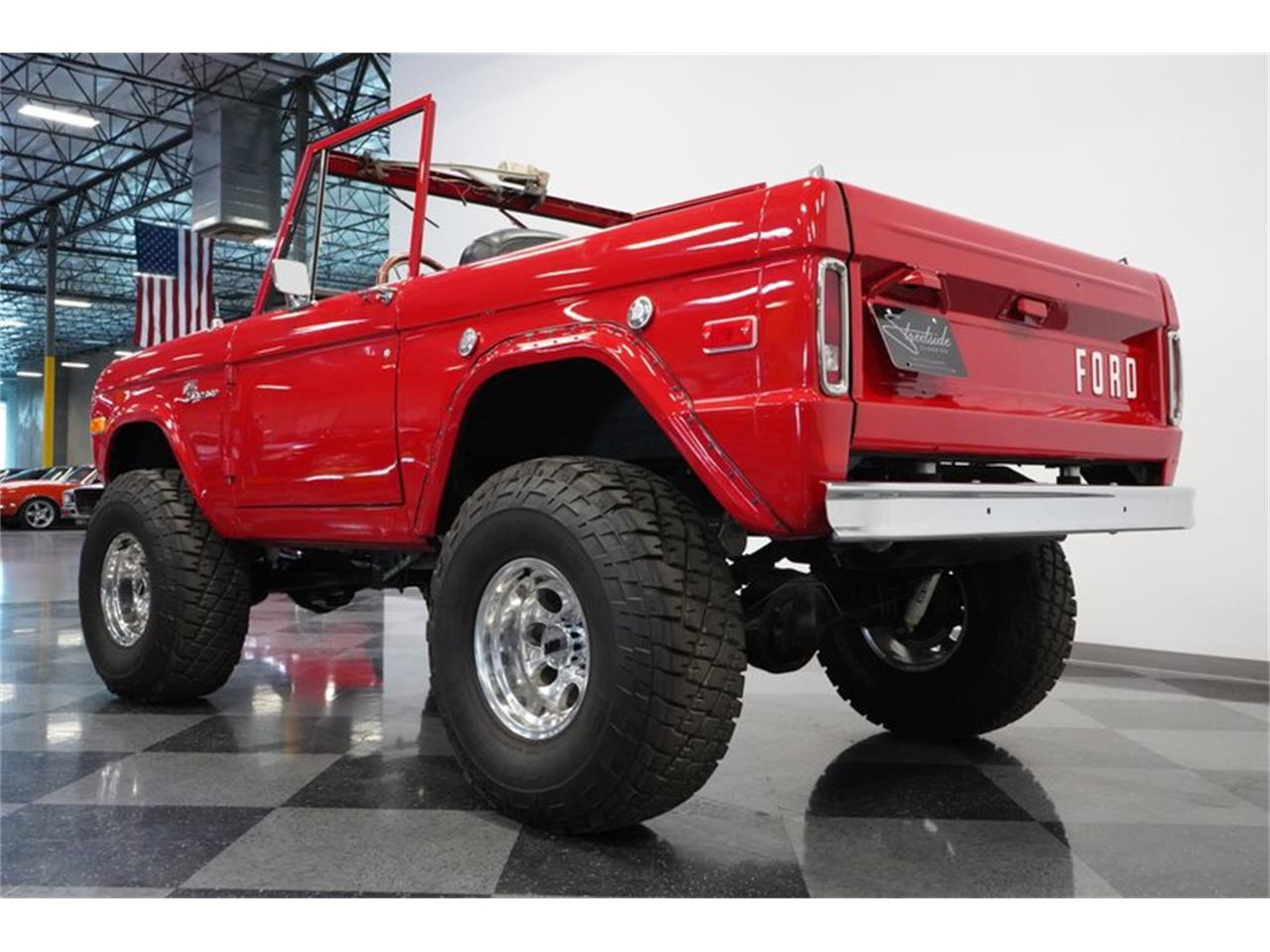 Large Picture of '75 Bronco Offered by Streetside Classics - Phoenix - Q516