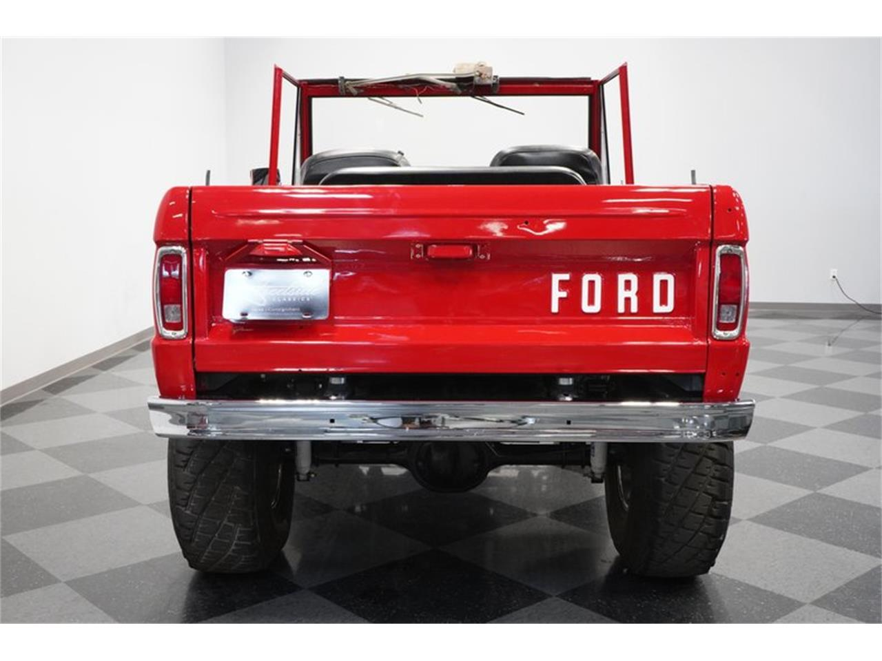Large Picture of '75 Ford Bronco located in Arizona - $43,995.00 - Q516