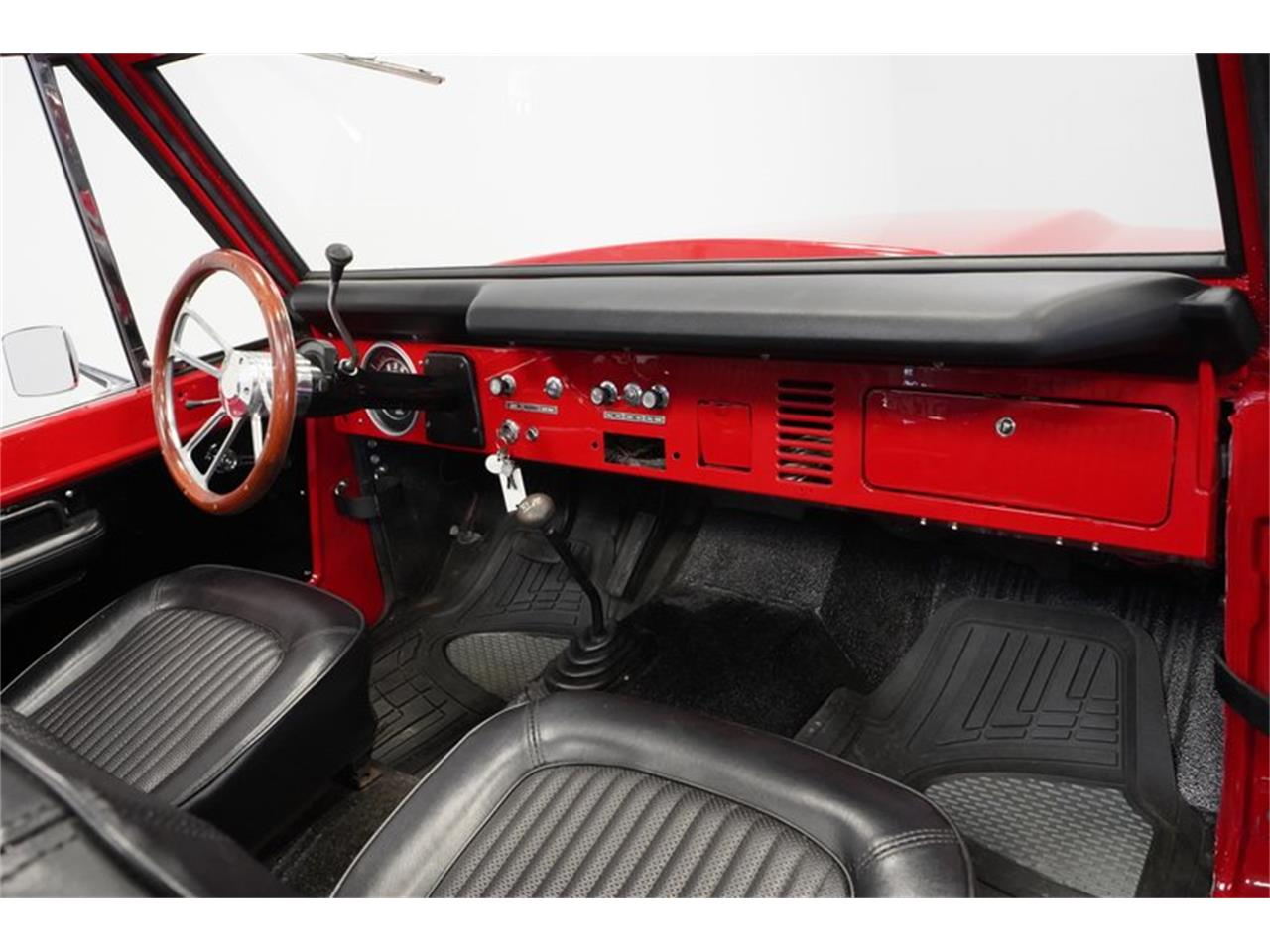Large Picture of 1975 Ford Bronco - $43,995.00 - Q516