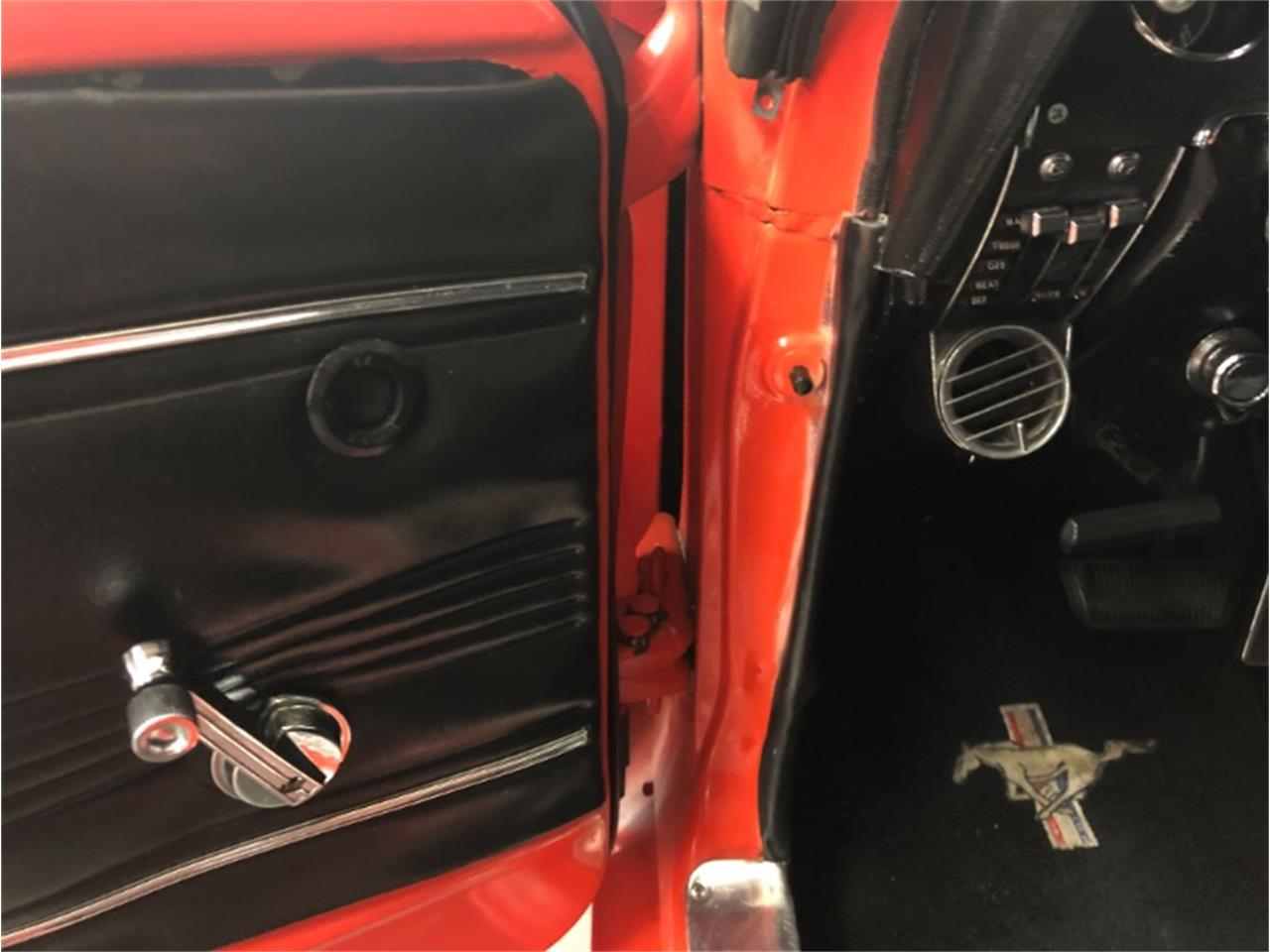 Large Picture of '67 Mustang - Q52J