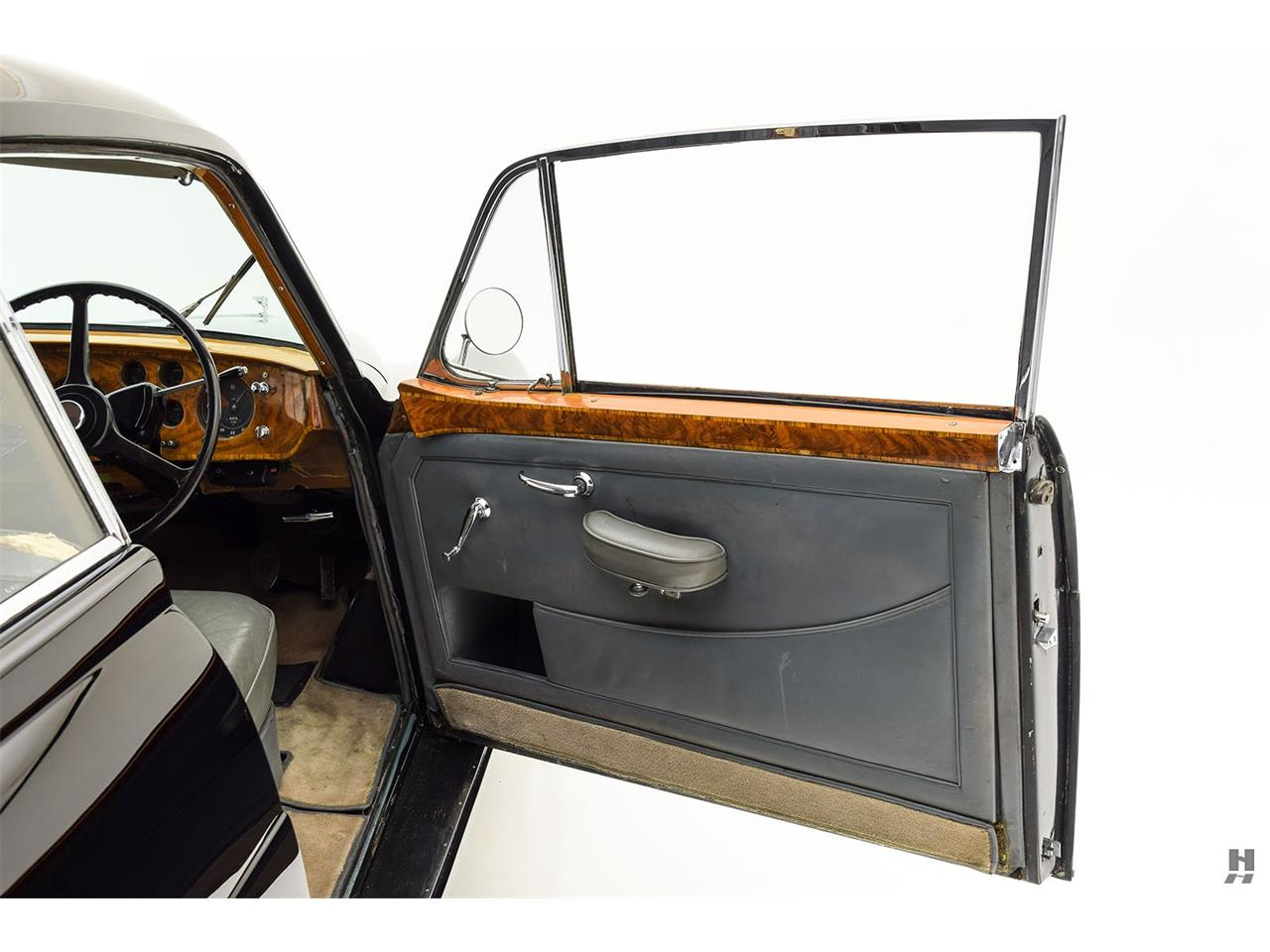 Large Picture of Classic 1956 Bentley S1 located in Missouri - $479,500.00 - Q538