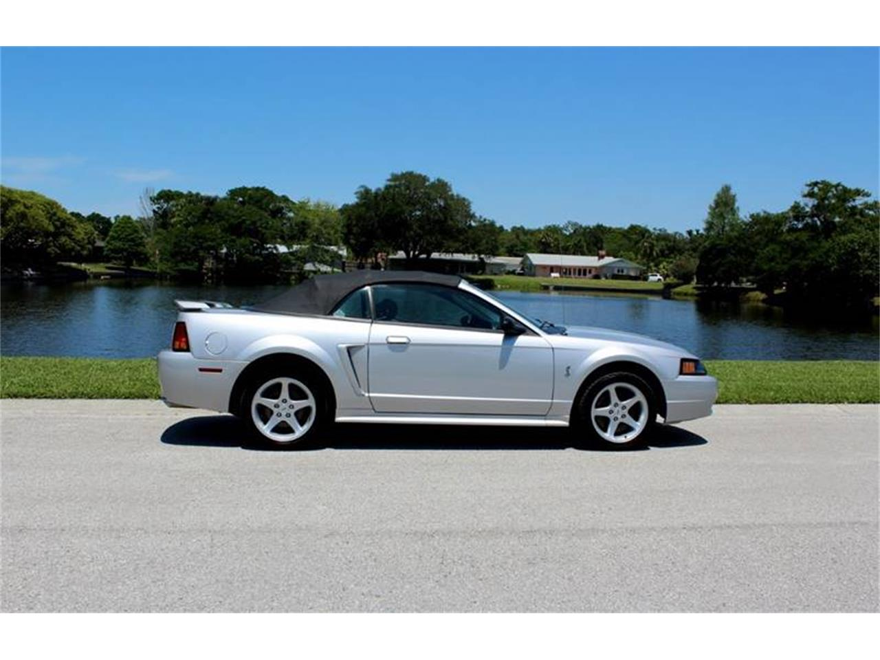Large Picture of 2001 Mustang SVT Cobra located in Clearwater Florida - $15,900.00 Offered by PJ's Auto World - PYE0