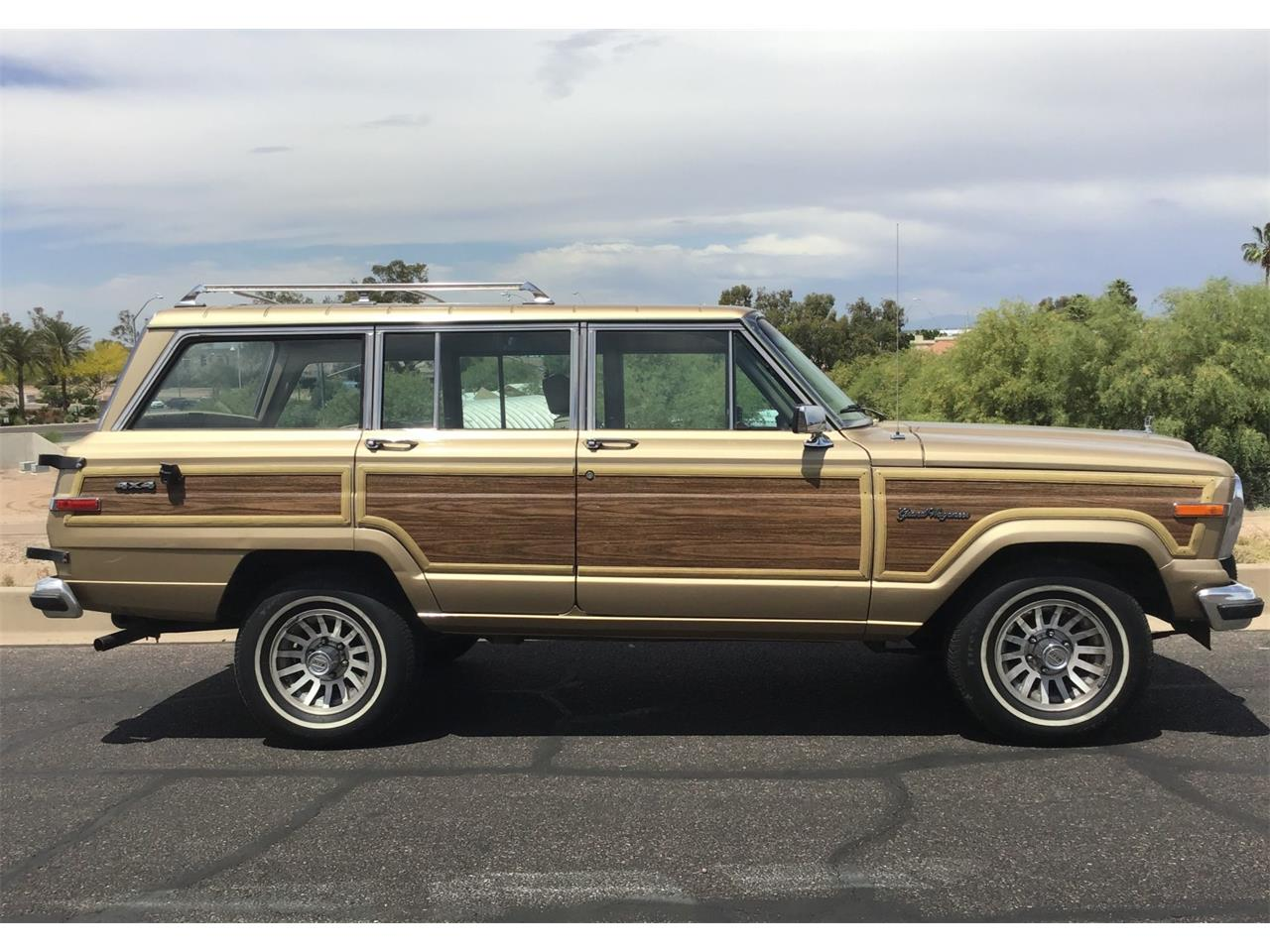 Large Picture of '89 Grand Wagoneer located in Arizona - Q54R